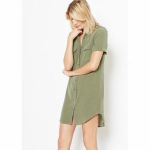 Equipment short sleeve signature silk shirt dress
